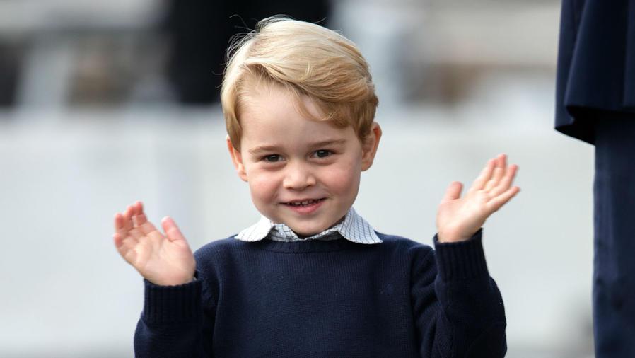Príncipe George aplaudiendo