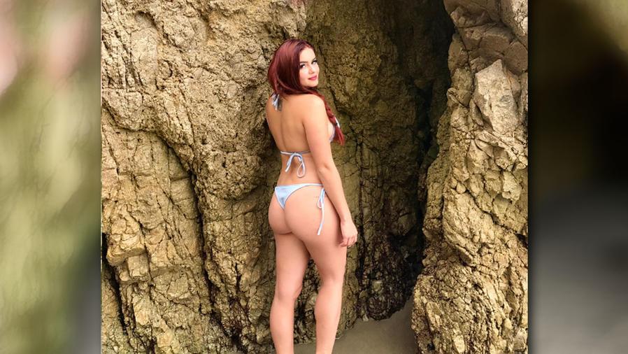 Ariel Winter estrena tatuaje y nada menos que en su sexy trasero