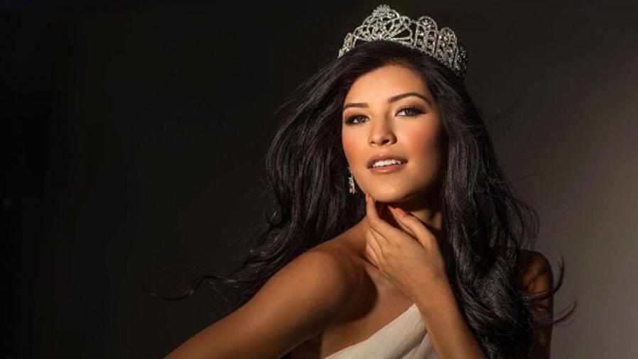 Sophia Dominguez-Heithoff, Miss Missouri posando