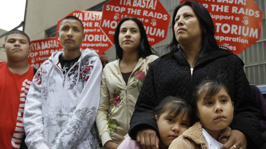 Francisca Lino, con sus hijos en Chicago en 2008.