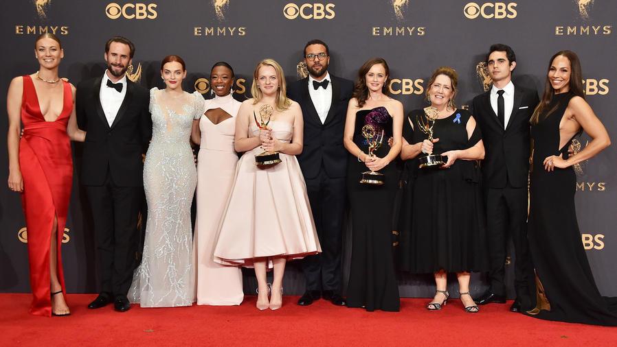 Alfombra roja en los premios Emmy 2017