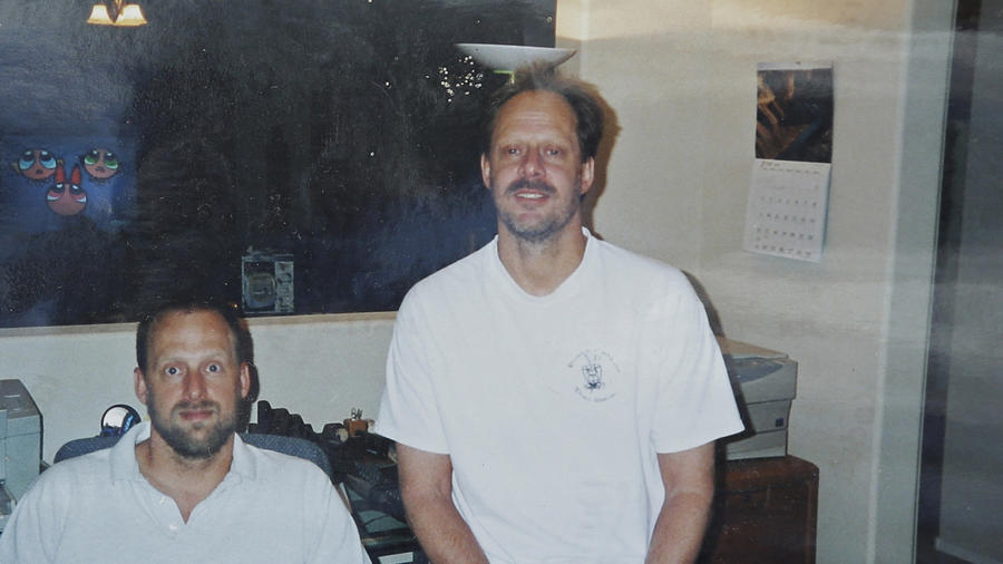 Eric y  Stephen Craig (a la derecha), en una imagen que el hermano del asesino muestra este lunes en Orlando.