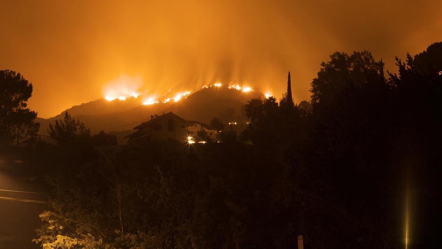 Incendio forestal en California