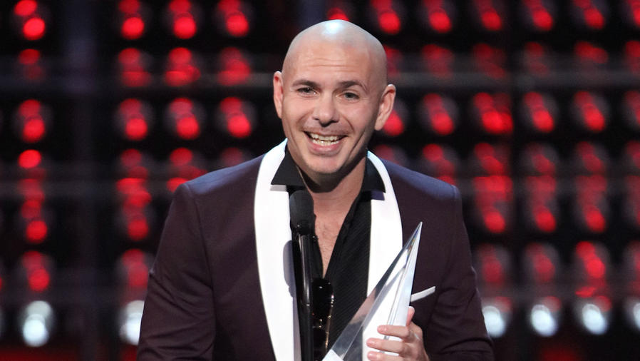 Pitbull en los premios LAM 2017