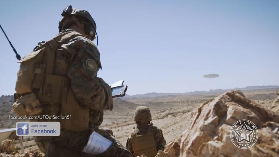Militares y OVNIS gigantes