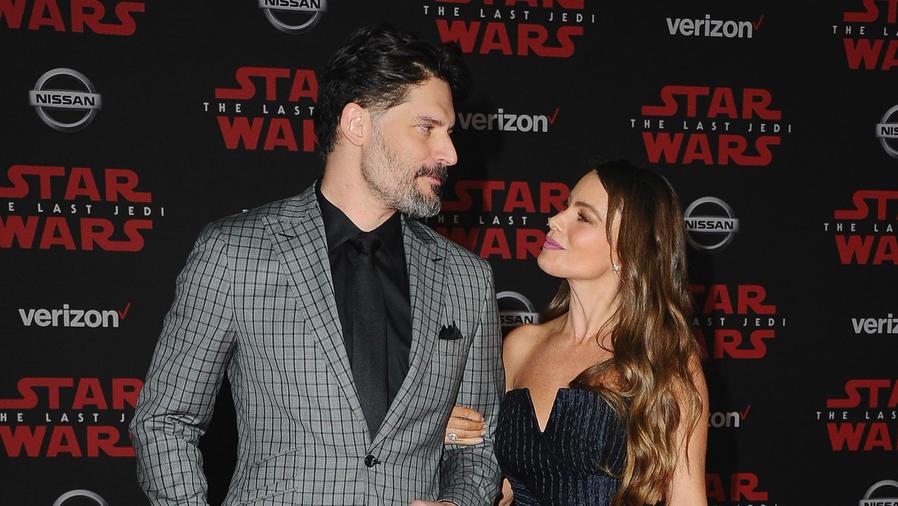 """Joe Manganiello con Sofía Vergara en el estreno de """"Star Wars"""""""