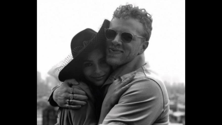 Emily Ratajkowski con Sebastian Bear McClard