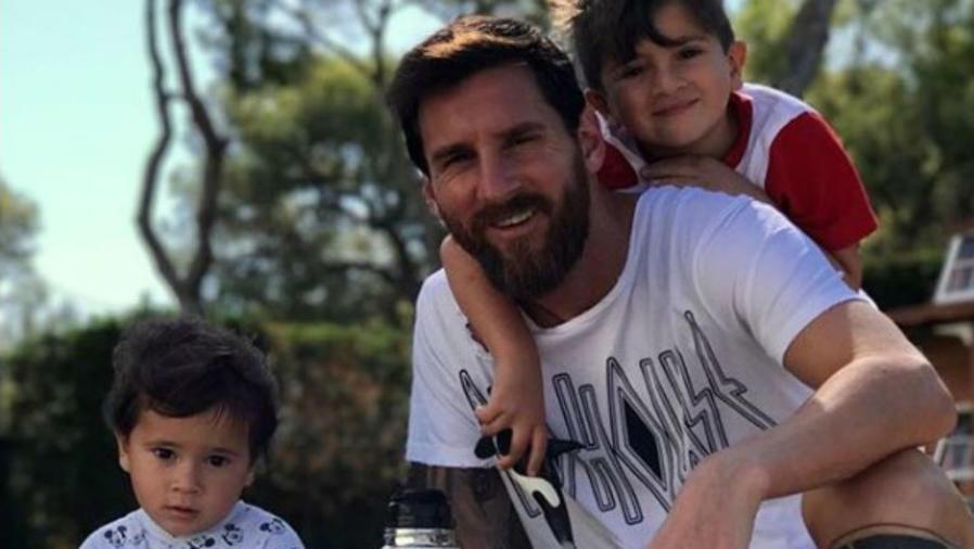 Leo Messi con sus hijos