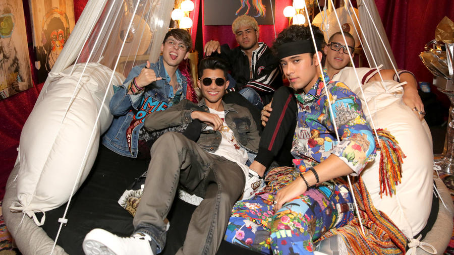 CNCO Backstage Kids Choice Awards 2018