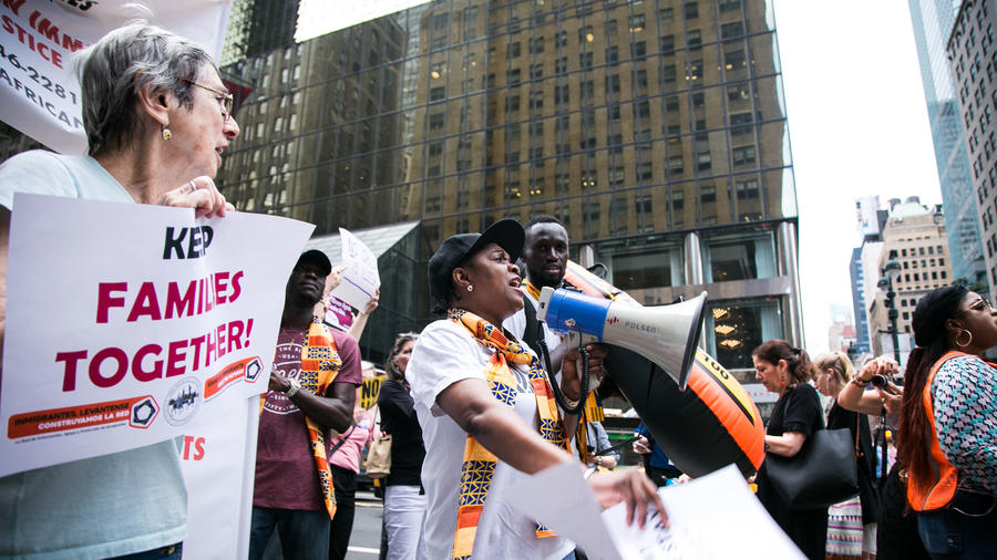 Marcha en New York, en defensa del TPS