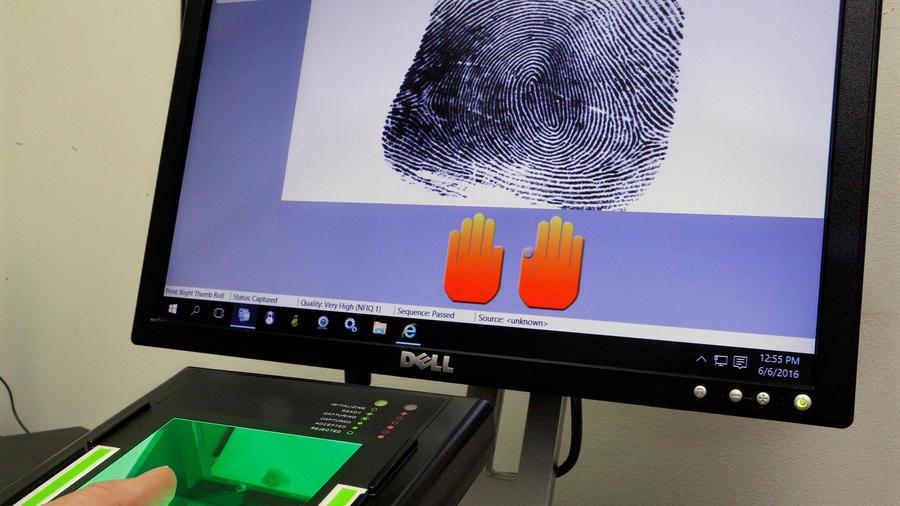 Máquina de huellas dactilares en una imagen de archivo