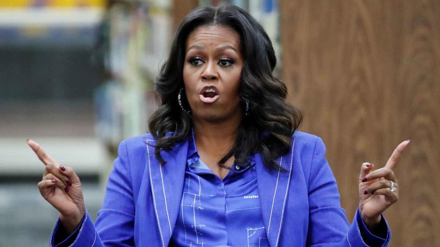 Michelle Obama presentó su libro en Chicago, su ciudad natal