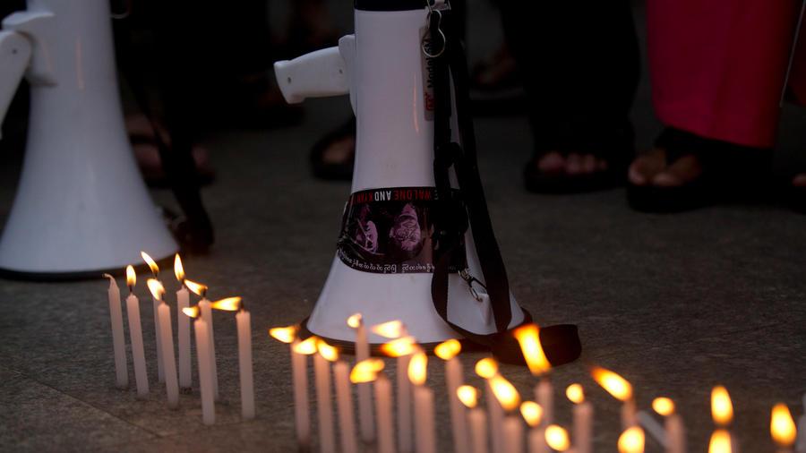 Vigilia por periodistas asesinados en una imagen de archivo
