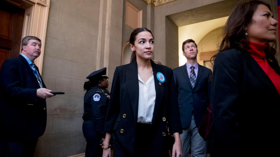 Congresista por Nueva York, la demócrata Alexandria Ocasio-Cortez ayer en el Congreso