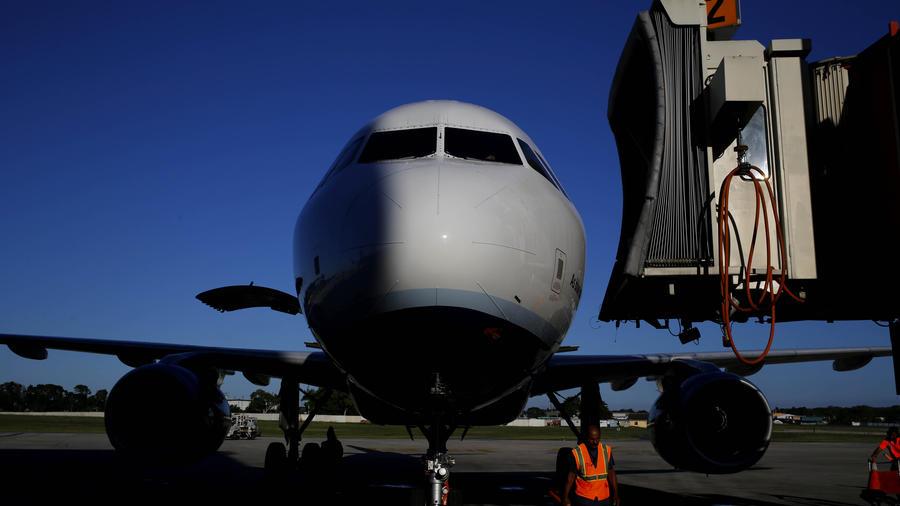 Fotografía de archivo de un avión de la aerolínea Jet Blue