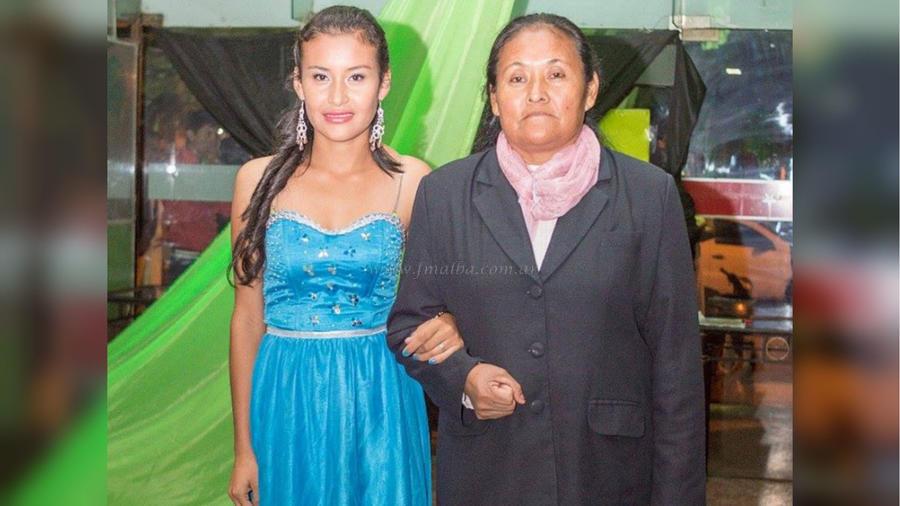 Madre e hija guaranís