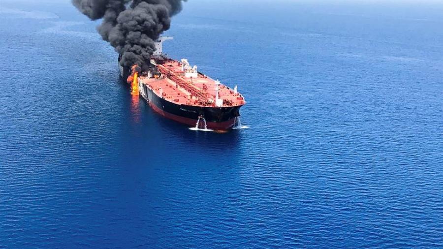 Uno de los petroleros supuestamente atacados en el mar de Omán el pasado jueves 13 de junio.