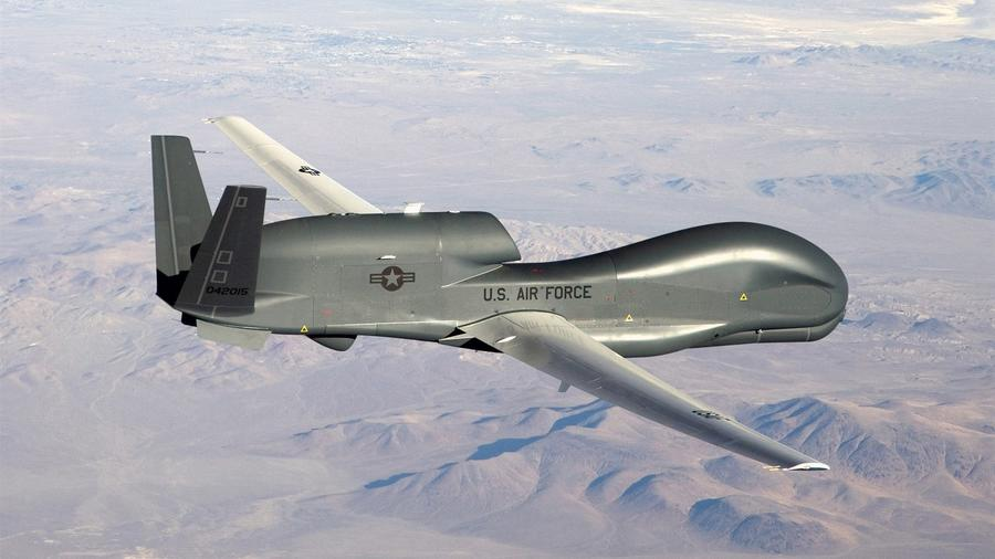 Un avión no tripulado Global Hawk RQ-4 de la Fuerza Aérea estadounidense