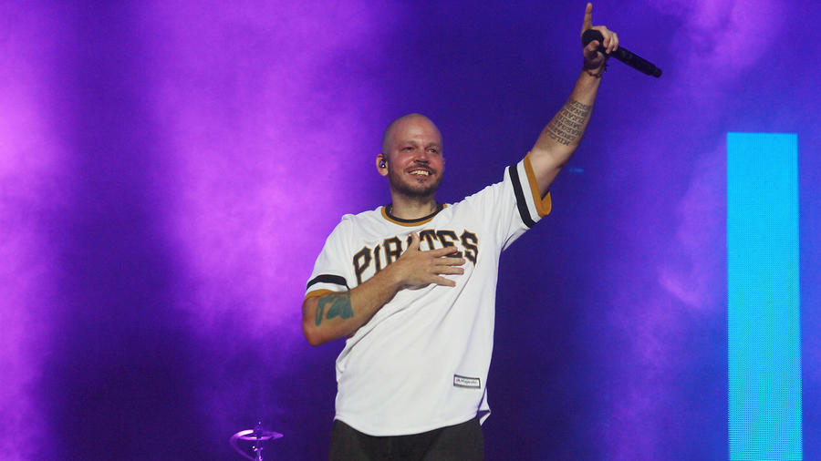 Residente to Receive Hispanic Heritage Award