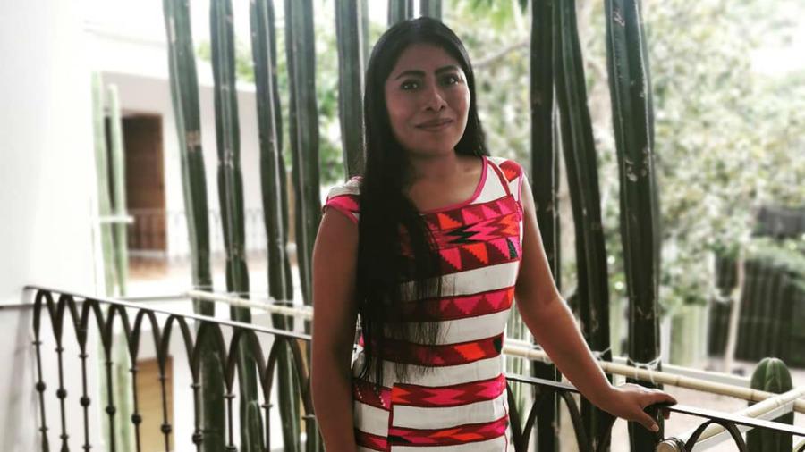 Yalitza Aparicio en el Jardín Etnobotánico de Oaxaca