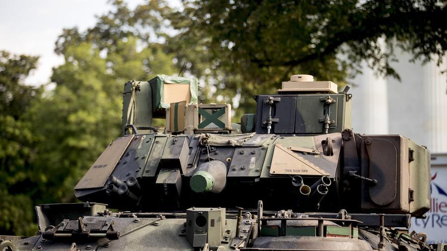 Fotografía de archivo de un vehículo de combate Bradley del ejército estadounidense
