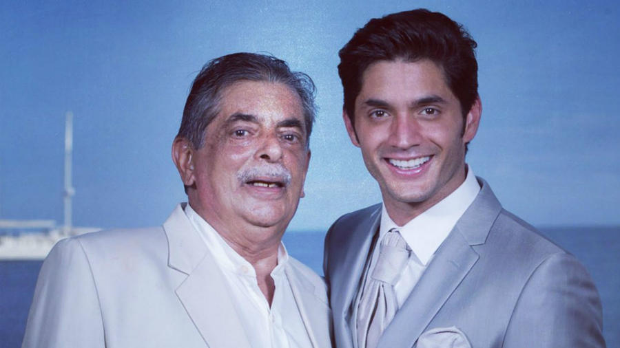 Daniel Elbittar con su papá