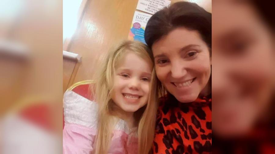 Alex Williams y su hija, Isla Wilkinson