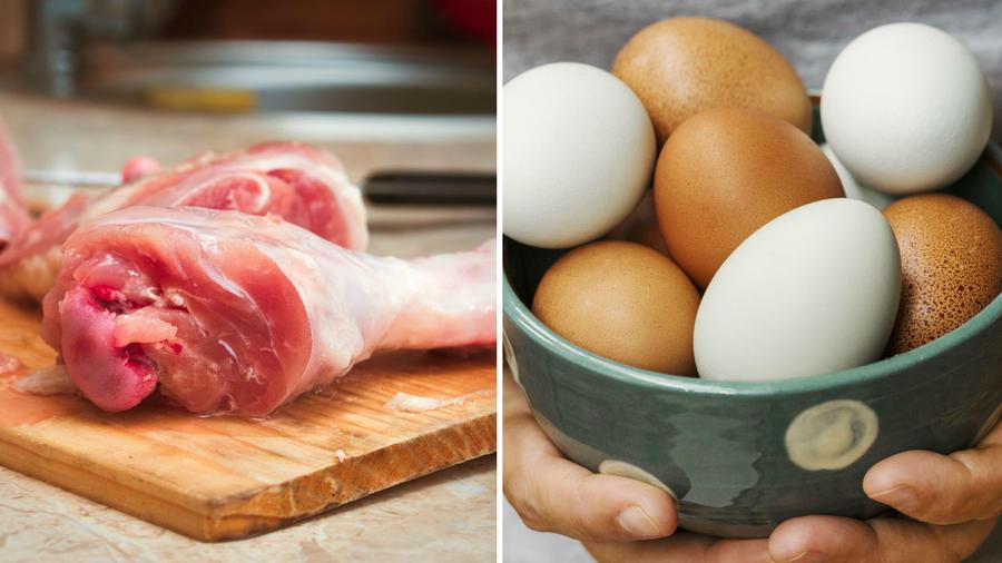Pollo crudo y tazón de huevos