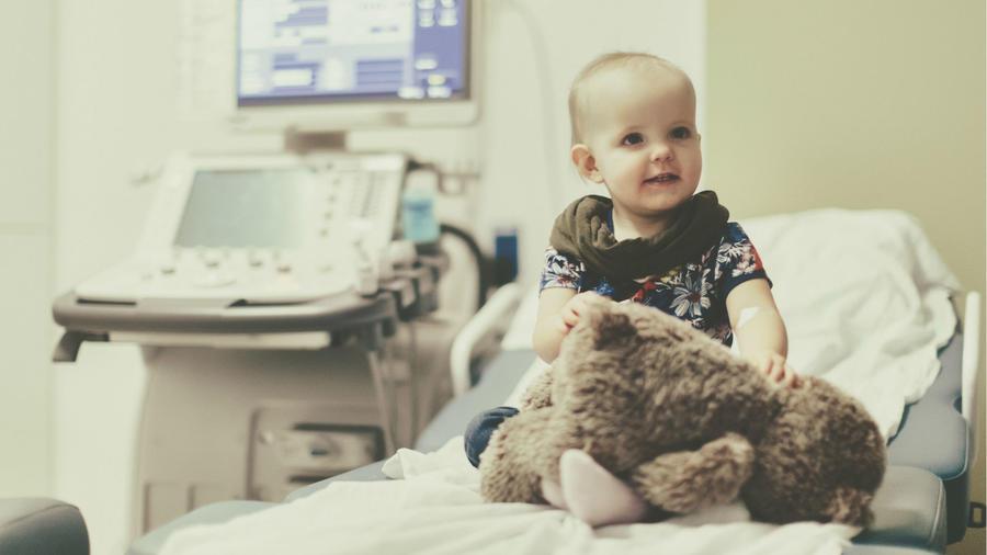 Bebé en el hospital