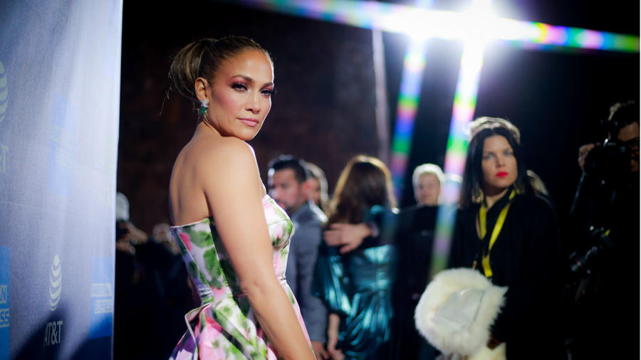 Jennifer Lopez made an elegant entrance at the Palm Springs International Film Festival