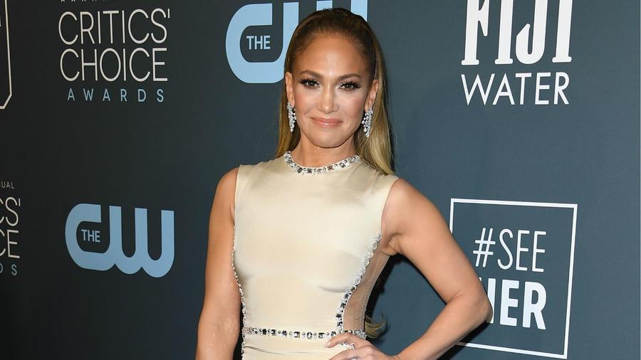 Jennifer Lopez Critics Choice Awards 2020