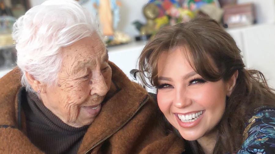 La abuelita de Thalia y Laura Zapata celebra los 102 años