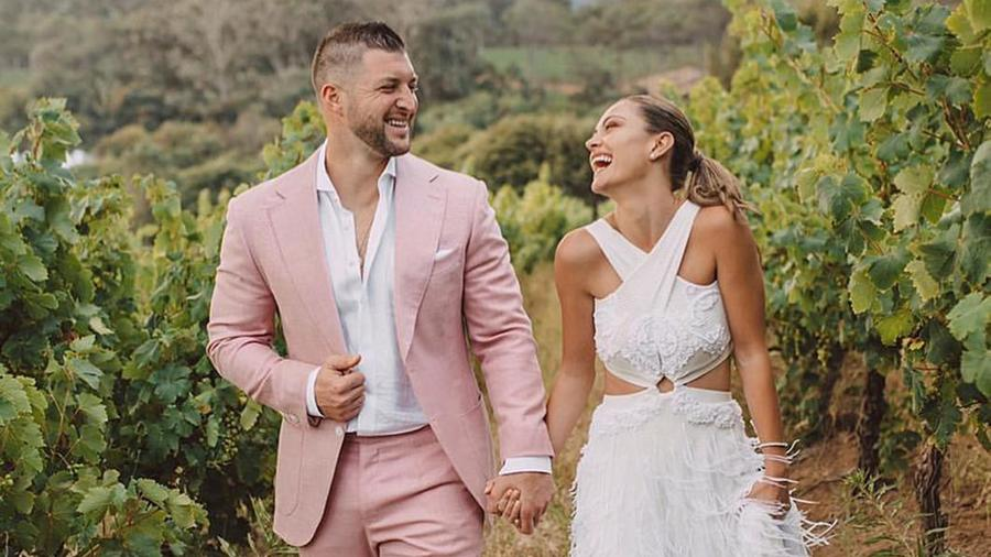 Demi-Leigh Nel-Peters y Tim Tebow marido y mujer