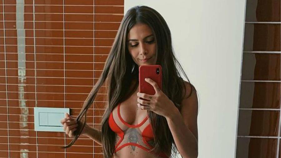 Greeicy Rendón en bikini rojo