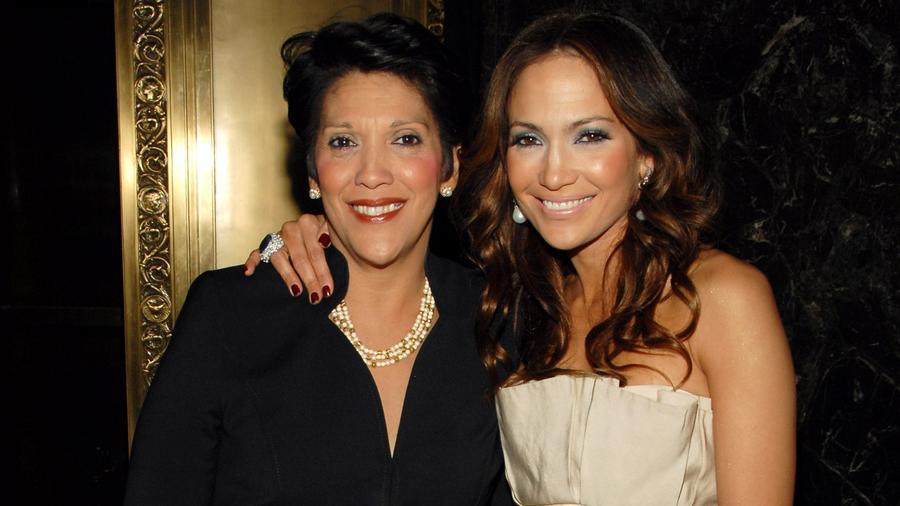 Jennifer Lopez y su mamá