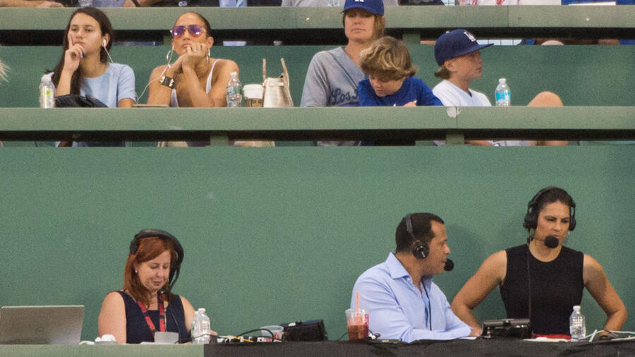 Jennifer Lopez y Alex Rodriguez juego de beisbol 2019