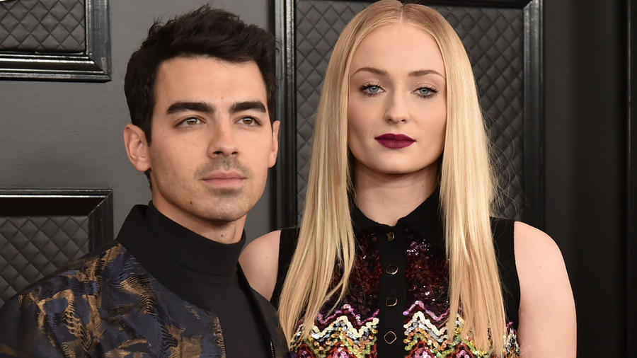 Joe Jonas y Sophie Turner Grammy Awards 2020