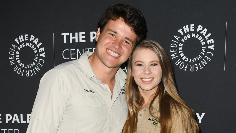 Chandler Powell y Bindi Irwin en 2019