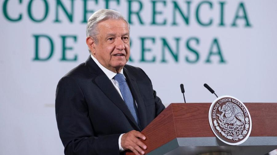 El mandatario mexicano, Andrés Manuel López Obrador, aseguró que apoya el peritaje nacional e internacional del colapso del metro de Ciudad de México, durante su conferencia matutina del 4 de mayo de 2021.