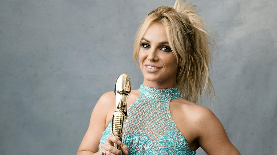 Britney Spears en el estudio fotográfico de Billboard