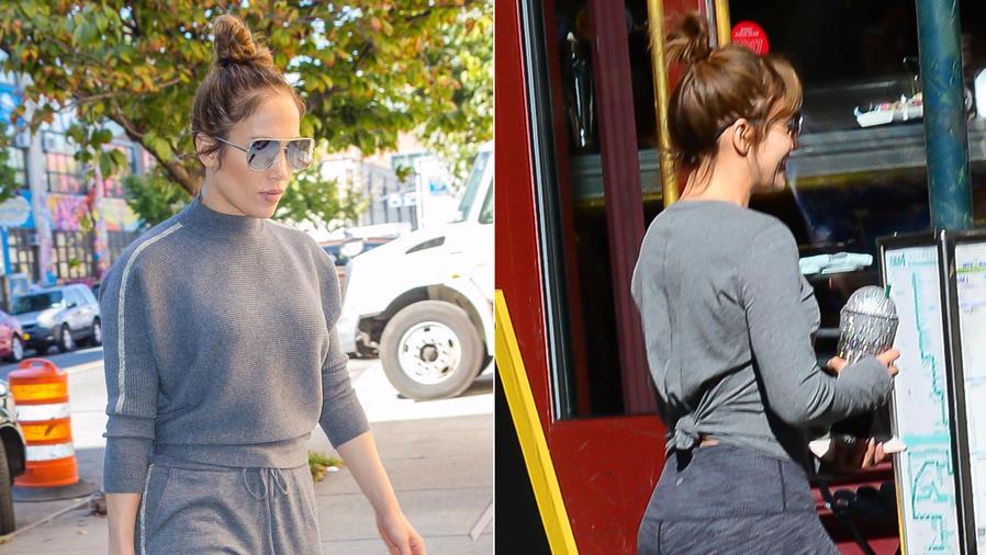 Jennifer Lopez en ropa deportiva gris