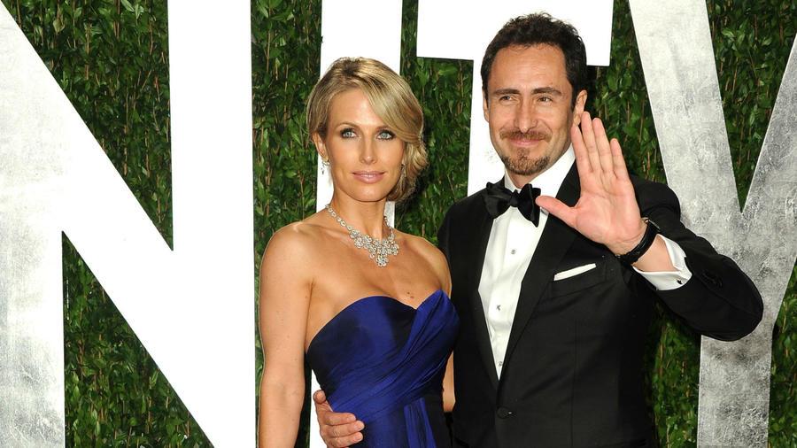 Stefanie Sherk y Demián Bichir en la fiesta de Vanity Fair tras los Oscars 2012