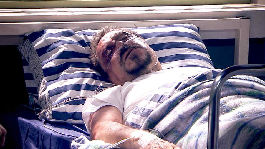 Javier Díaz Dueñas, Radamés Echeverría agonizando en Los Miserables