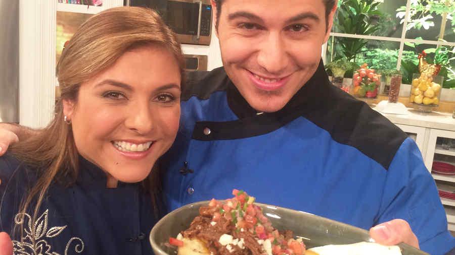El Chef James junto a Lorena Garcia en Nuevo Día