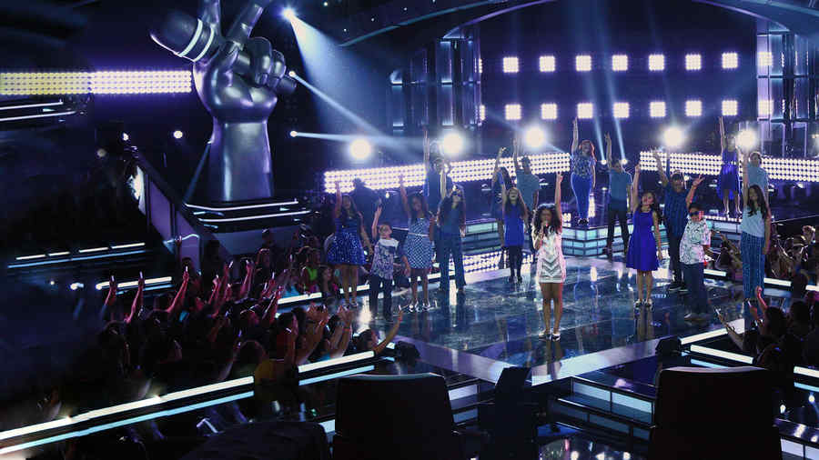 Amanda Mena, 18 concursantes, la voz kids