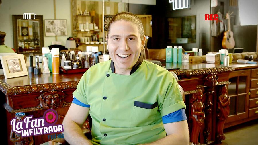 Chef James en una barbería