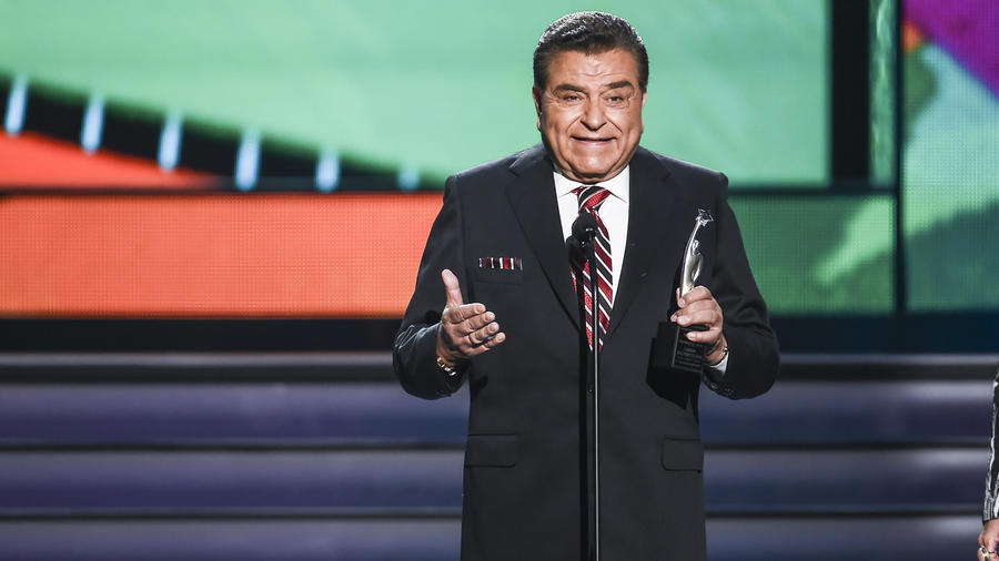 Don Francisco en Premios Tu Mundo 2015