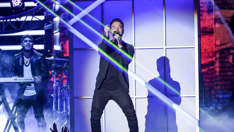 J. Balvin en Premios Tu Mundo 2015