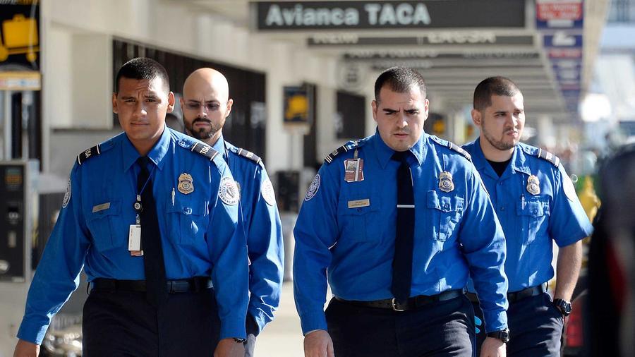 intensifican seguridad en aeropuertos tras los ataques terroristas