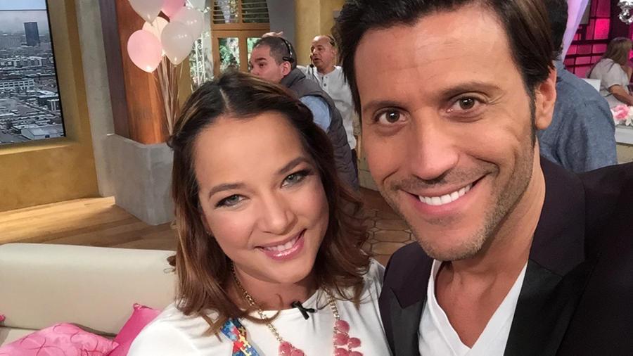 Adamari López y Quique Usales